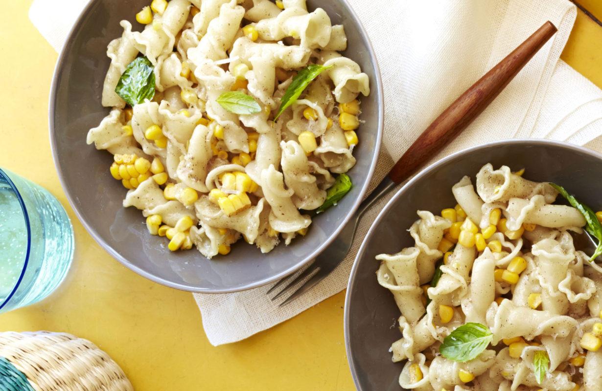 1495747708-1474396862-ghk090114-brown-butter-corn-pasta