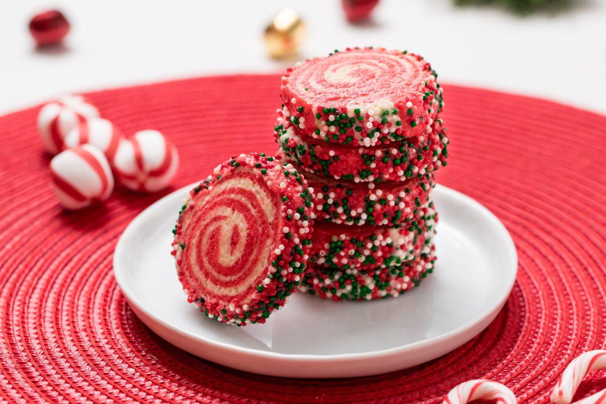 5D4B6713-Holiday-Pinwheel-Cookies-1200x800