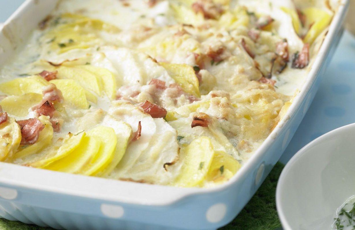 Baked potato and kohlrabi