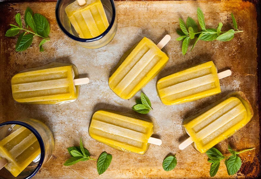 Mango-Bourbon-Smash-Popsicles-2