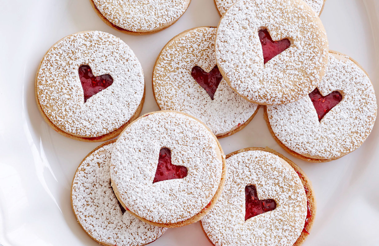 MINI LINZER COOKIES Ina Garten Barefoot Contessa/Card Sharks' Delight Food Network Unsalted Butter, Granulated Sugar, Vanilla Extract, Flour, Salt, Raspberry Preserves, Confectioners' Sugar
