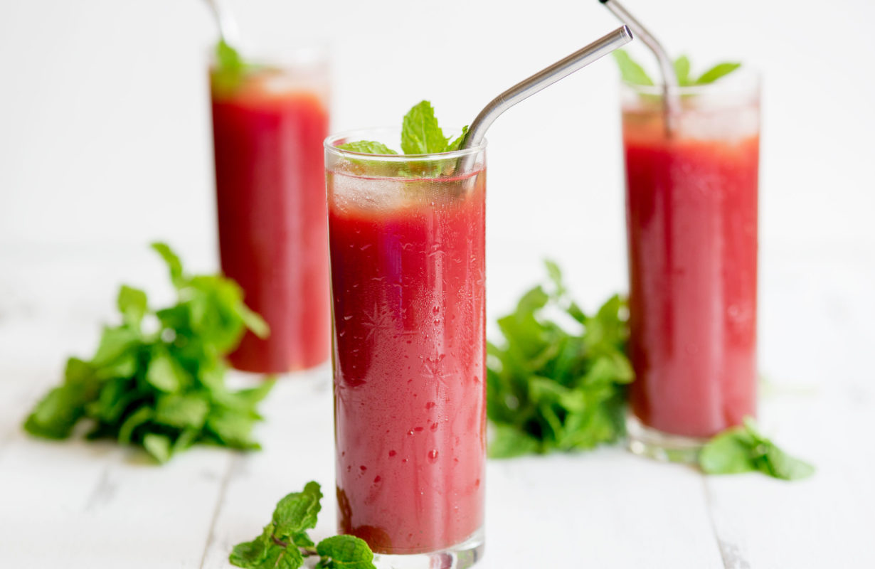 Start-Juicing-Watermelon-Mint-Juice-Recipe-5561tr