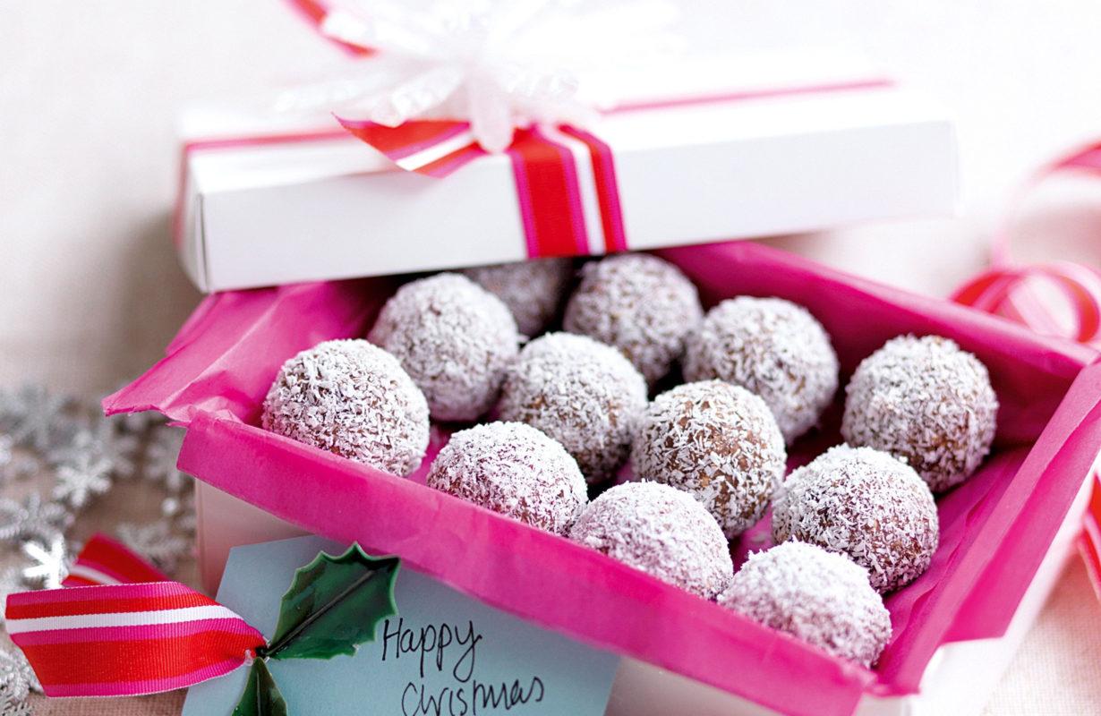 choc-coconut-christmas-balls-82304-1.jpeg