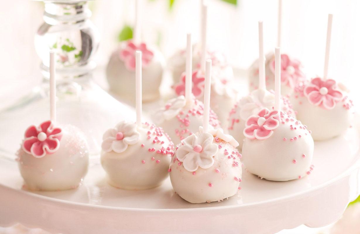 flower-cake-pops-61404-1.jpeg