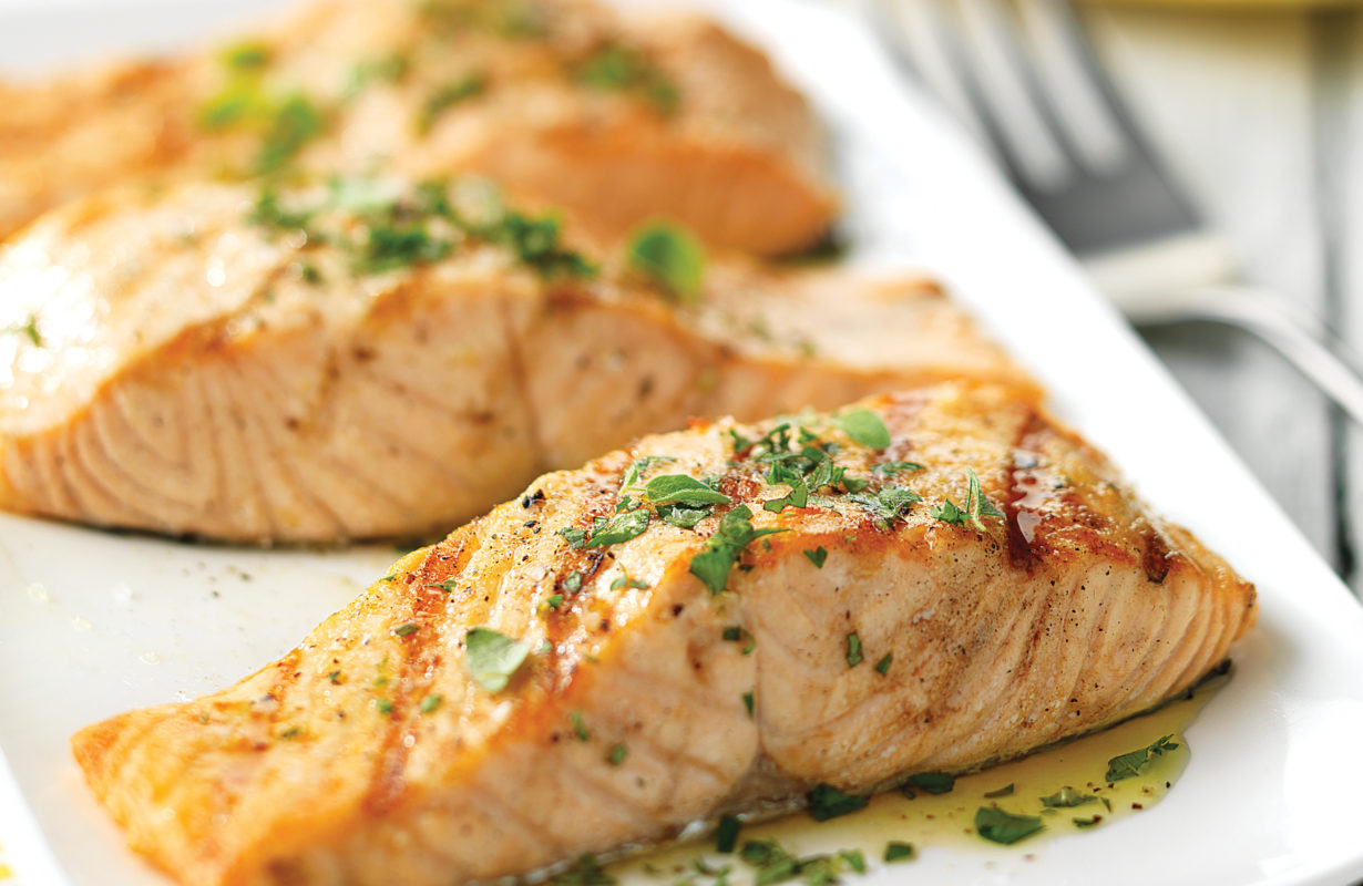 herbed-balsamic-salmon-recipe-2580x1920