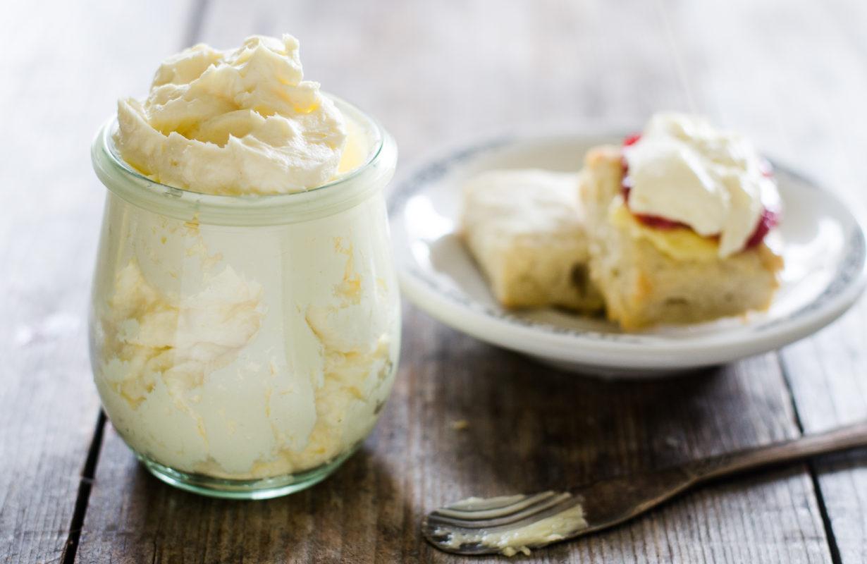 mock-devonshire-cream-02